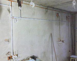 Монтаж проводки в доме (фото 2)