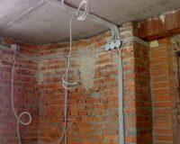 Электромонтажные работы в новостройке (фото 1)
