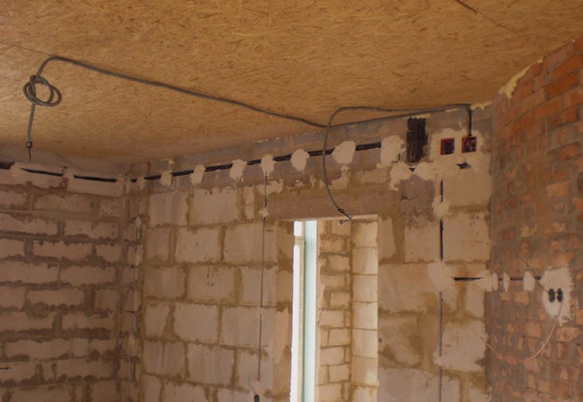 Монтаж электрики в кирпичном доме