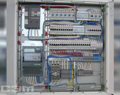 Монтаж автомата в электрощитке (фото 3)